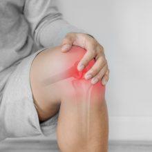 Sąnarių skausmas gali signalizuoti rimtas ligas: kada nedelsiant kreiptis į gydytojus?