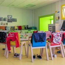 Vilniaus savivaldybė prašo tėvų į darželius vaikus vesti tik neturint kitų galimybių