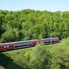 Kelionės traukiniu į Kauną kainuos 25 proc. pigiau