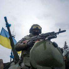 Rytų Ukrainoje žuvo keturi Kijevui ištikimi kariai