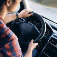 Kodėl kasmet didėja automobilių stiklų dūžio rizika?