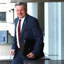J. Narkevičius teigia grąžinęs pinigus už pietus Abu Dabyje ir Minske