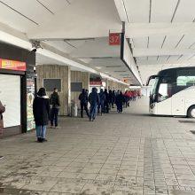 Įprastinius keleivius tarpmiestiniuose autobusuose prieš šventes keitė vežamos dovanos