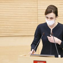 Seimo pirmininkė siūlo neskubėti įvesti COVID-19 imuniteto pasą