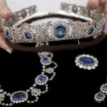 Aukcione Napoleono įdukrai priklausę papuošalai parduoti už 1,65 mln. dolerių