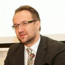 Prezidentas į Lietuvos banko vadovo pareigas teikia G. Šimkų
