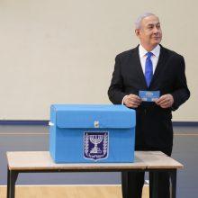 Rinkėjų apklausos aiškaus Izraelio rinkimų laimėtojo neparodė