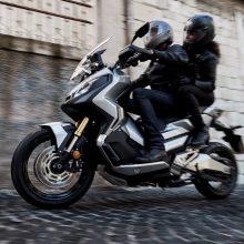 """""""Honda X-ADV"""" – pirmasis motociklas ir miestui, ir bekelei"""