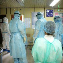 A. Veryga įpareigos medikus deklaruoti, kokiose įstaigose jie dirba