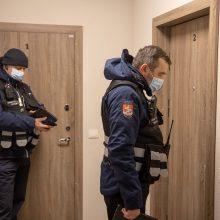 COVID-19 iššūkiai Vilniuje: grįžusiųjų iš užsienio saviizoliacija tikrinama ir su dronais