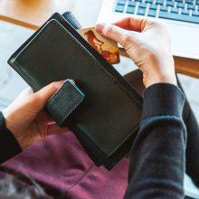 SEB naujovė: sąskaitas bus galima tvarkyti per kito banko elektroninę bankininkystę