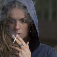 """""""Lietuva be šešėlio"""": pernai šalyje atsirado 200 nelegalių tabako taškų"""