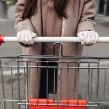 Prekybininkai kreipiasi į pirkėjus: neapgulkite prekybos vietų