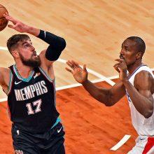"""J. Valančiūnas vėl užkariavo """"Clippers"""" baudos aikštelę, bet saldų revanšą pasiekė pastarieji"""