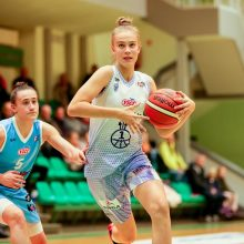 """Trylikametė """"Neptūno"""" krepšininkė J. Jocytė įspūdingai debiutavo Moterų lygoje"""