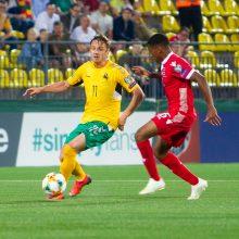 Devyniese rungtynes baigę Lietuvos futbolininkai išplėšė lygiąsias su Liuksemburgu