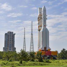 Kinijos kapsulė su Mėnulio grunto pavyzdžiais sugrįžo į Žemę