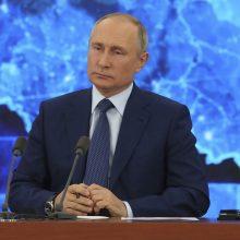 V. Putinas pareiškė, kad tikisi geresnių santykių su JAV, bet užsipuolė Vakarus