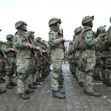 Rytų Ukrainoje per susirėmimus su separatistais žuvo ukrainiečių karys