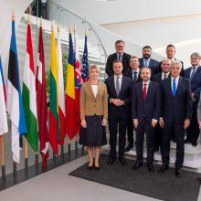 """G. Landsbergis """"Bukarešto devintuko"""" susitikime atkreipė dėmesį į saugumo iššūkius kaimynystėje"""