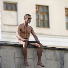 Naujas P. Pavlenskio performansas – padegtos banko durys