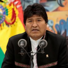 E. Moralesas: esu pasirengęs grįžti, kad Bolivijoje įsivyrautų taika