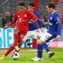 """Neįtikėtinas startas: """"Bayern"""" ekipa iš """"Shalke 04"""" vyrų paliko šlapią vietą"""