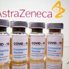 """PSO: ryšys tarp """"AstraZeneca"""" vakcinos ir kraujo krešulių – """"galimas"""", bet nepatvirtintas"""
