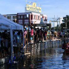 Tailandas lapkričio 1-ąją atveria sienas pasiskiepijusiems turistams