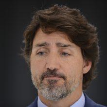 Kanados premjeras atsiprašė dėl kontroversiškos sutarties su NVO