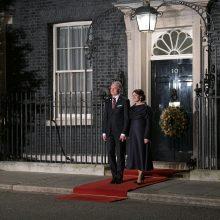 Prezidentas dalyvavo Didžiosios Britanijos karalienės Elizabeth II priėmime