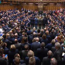 """Didžiosios Britanijos parlamentas priėmė """"Brexit"""" įstatymą"""