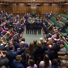 """JK Bendruomenių Rūmai pritarė """"Brexito"""" sutarčiai"""