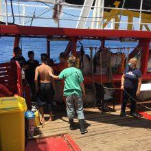 """Migrantus gelbstintis laivas """"Ocean Viking"""" prašo Italijos valdžios pagalbos"""