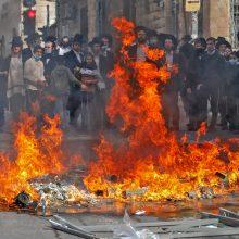 Žydų ultraortodoksai vėl susirėmė su Izraelio policija
