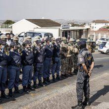 Policijos darbuotoja išžudė šeimą dėl draudimo išmokų