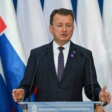 Varšuva gina sprendimą prie sienos su Baltarusija tiesti koncertiną