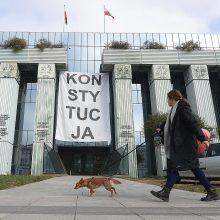 Generalinis advokatas: Lenkijos teismų reforma prieštarauja ES įstatymams