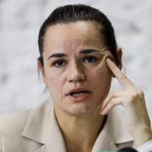 S. Cichanouskajos padėjėja valdžiai: paskelbkite tikrus rinkimų rezultatus