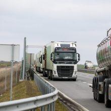 Pasienyje su Lenkija eilių nėra, su Baltarusija ir Rusija laukia apie 500 automobilių