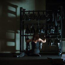 Performanso menininkė A. Vilkaitytė kviečia sustoti ir patirti pauzę