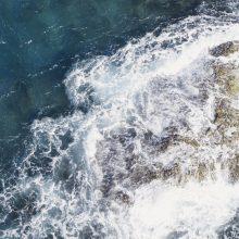 Gvinėjoje apvirtus laiveliui žuvo 15 žmonių