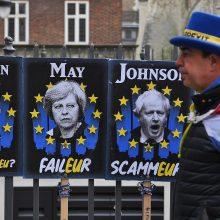 """Th. May prašys ES dar kartą pratęsti """"Brexit"""" terminą"""