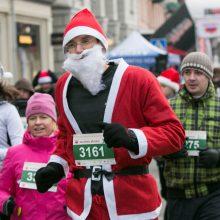 Vilniaus gatvėmis bėgo beveik 3,5 tūkst. Kalėdų senelių, snieguolių ir nykšukų