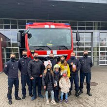 Ugniagesiams gelbėtojams – nuoširdi gelbėto berniuko šeimos padėka
