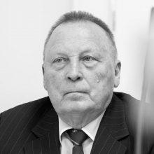Mirė Lietuvos farmacijos mohikanas profesorius E. Tarasevičius