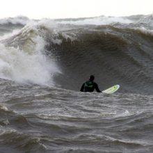 Bangų medžiotojai nenustygsta ir žiemą