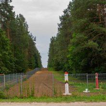 Prezidentas: dalis tvoros pasienyje su Baltarusija galėtų atsirasti iki pavasario