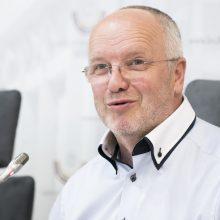 J. Olekas ragina susivokti: Europą yra apėmusios keturios krizės