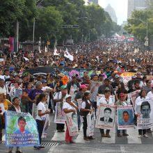 Meksikoje per eitynes vandalai padarė milijoninę žalą